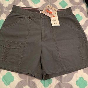 Columbia cargo shorts size 12 NWT